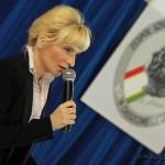 Dyrektor szkoły, pani Barbara Ciecierska
